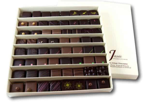 Janie Chocolaterie Artisanale Coffret 64 Bonbons De Chocolat