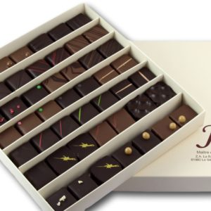 Janie Chocolaterie Artisanale Coffret 49 Bonbons De Chocolat